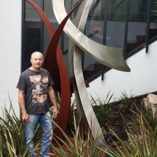 Abstract-Metal-Art-Sculptures-Tullamarine-and-Broadmeadows-VIC20140310_105107