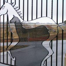 Steel-Gates-and-Fence-Creations-Tullamarine-Attwood-Campbellfield-Broadmeadows-VIChorsestudgates1